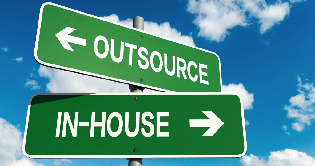 Outsourcing KMU