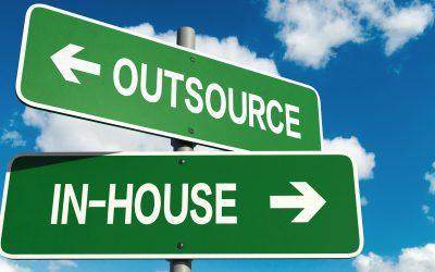 Outsourcing Vor- und Nachteile für KMU